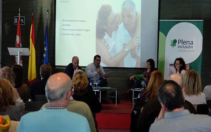 Asprodes participa en el Foro de Dirigentes de Plena inclusión Castilla y León
